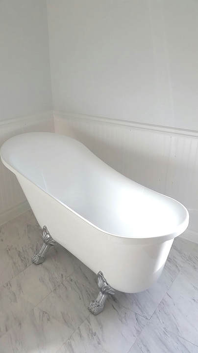 Claw foot bathtub used I'm milk bath maternity photography