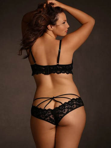 Recommended lingerie for a boudoir photo shoot. Plus-Size Strappy Stretch Lace Panty